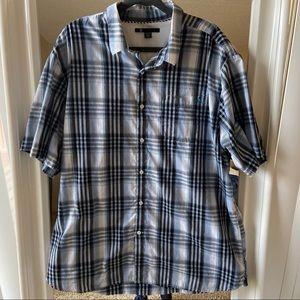 Men's Volcom plaid button down shirt